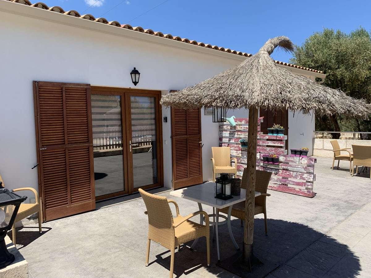 Finca auf Mallorca Terrasse Ferienhaus für 2-4 Personen