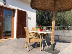 Aussenterrasse-Ferienwohnung-Mallorca