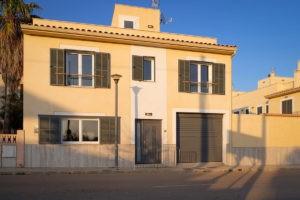 City-Haus-Ferienhaus-Mallorca-für-8-10-Personen-Can-Agustin
