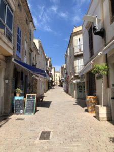 Einkaufsstrasse-Arta-Mallorca