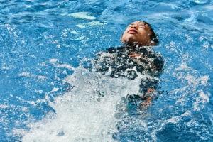Rückenschwimmen-Schwimmunterricht-Mallorca
