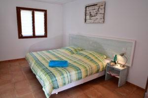 Schlafzimmer-Ferienwohnung-Mallorca