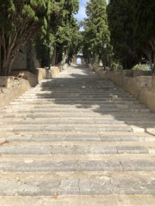 Treppen-Burganlage-Arta-Mallorca