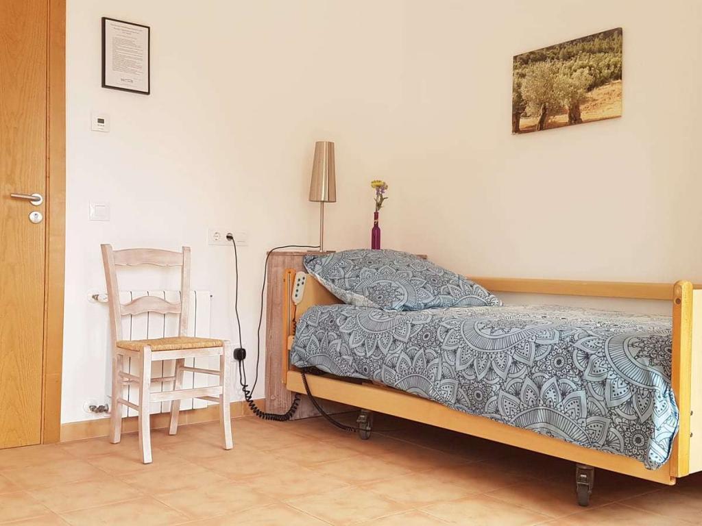 Pflegebett in Zweibettzimmer